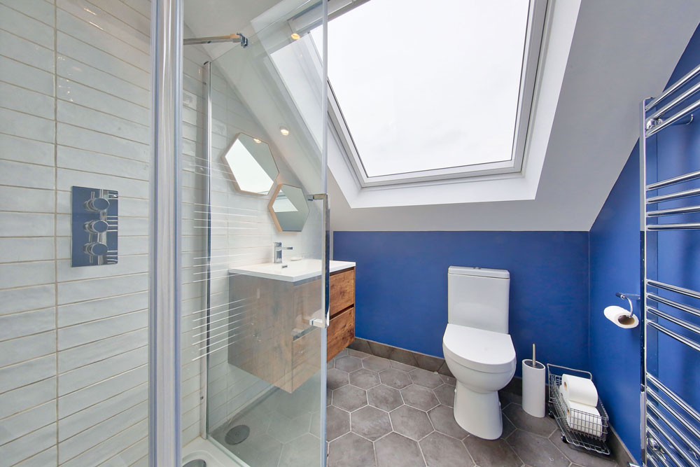 loft conversion Doverfield Road Brixton, bathroom